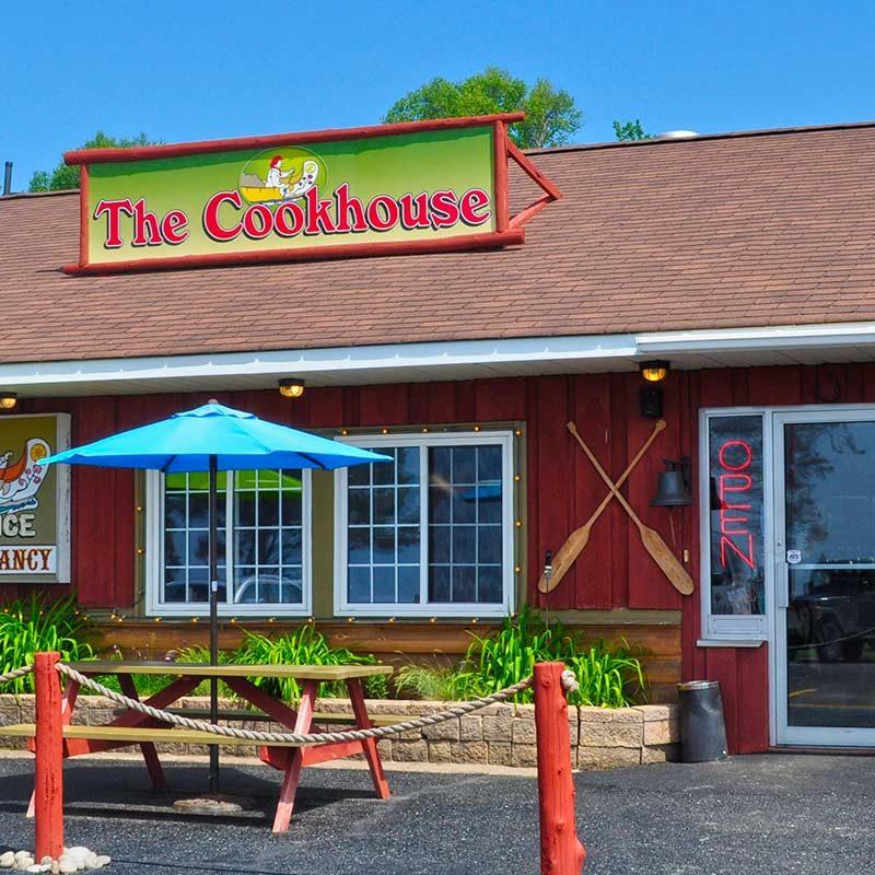 voyageurs-cookhouse-header